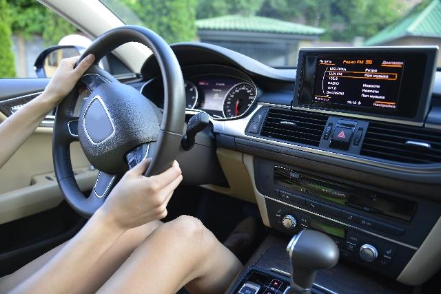 車の運転姿勢